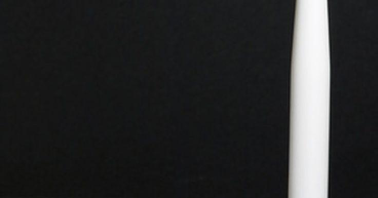 Cómo reemplazar una antena inalámbrica rota. Los routers inalámbricos se pueden encontrar en muchos de nuestros hogares, lugares de trabajo, edificios públicos y empresas. En estas zonas de mucho tráfico, las partes externas de un router inalámbrico se pueden dañar. Las antenas en particular se pueden romper y deben ser eliminadas para su sustitución. Mientras que los routers inalámbricos ...