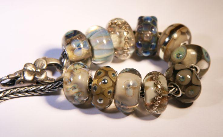 Artisan Lampwork beads for Trollbeads Anne Meiborg - Grey bead set www.annemeiborg.etsy.com