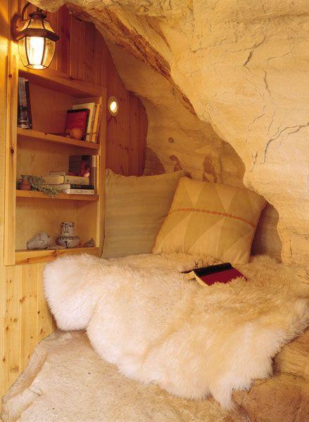 Cortez canyon home reading nook