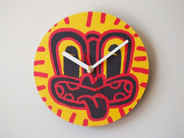 Red Haring Tiki Clock by Dick Frizzell