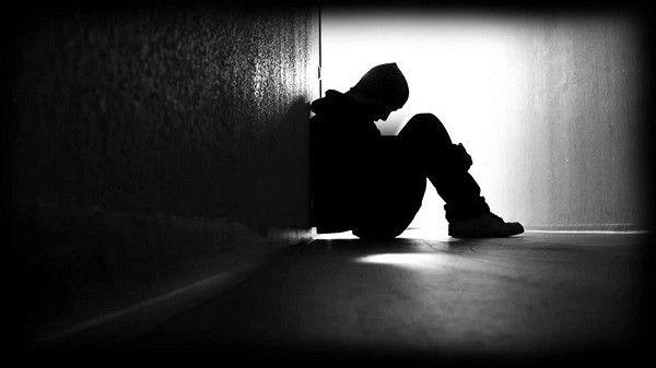 صور عن الوجع صور وجع كتبت عليها كلمات حزينة جدا بفبوف Emotions Fear Of Falling Negative Emotions