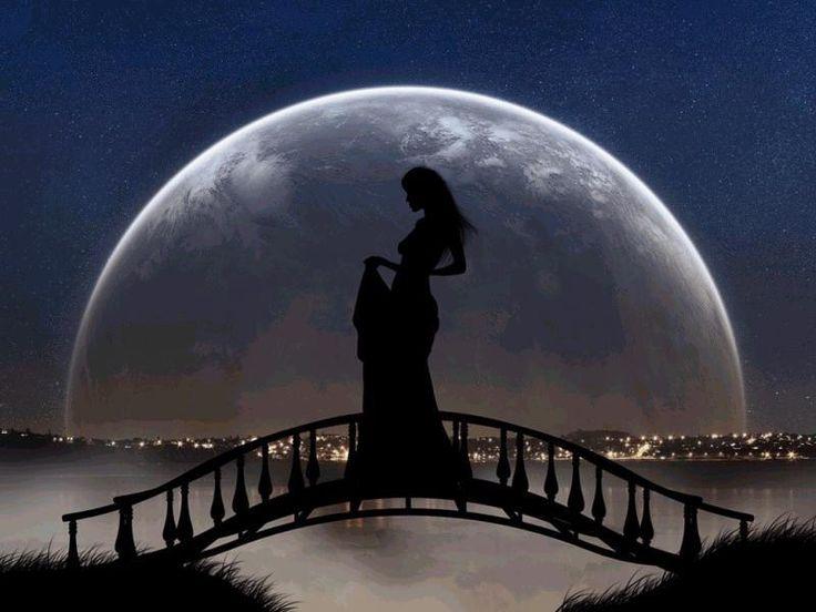 Incontro romantico al chiaro di luna