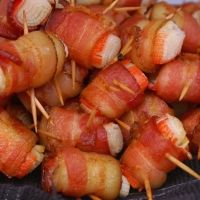 Bacon Wrapped Crab Appetizers... my faaaave, and they taste so much like the ones you get at the Chinese buffets!