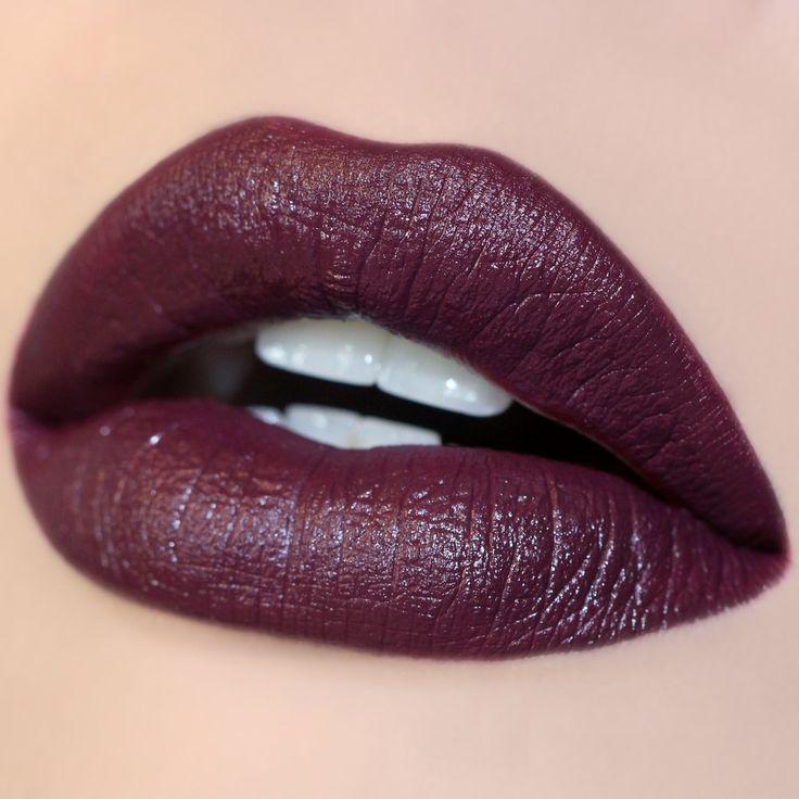 Ultra Satin lipstick Hutch