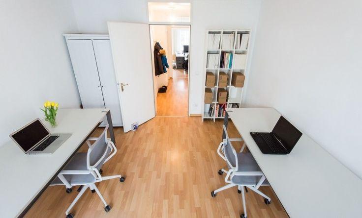 Schöner Büroraum im ruhigen Hinterhofhaus am Mühlenkamp #Büro, #Bürogemeinschaft, #Office, #Coworking, #Hamburg
