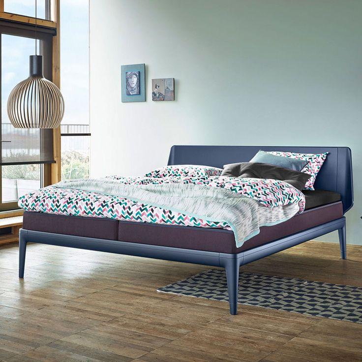 Das Design des Auping Essential stammt vom Berliner Designduo - einrichtungsideen schlafzimmer betten roche bobois