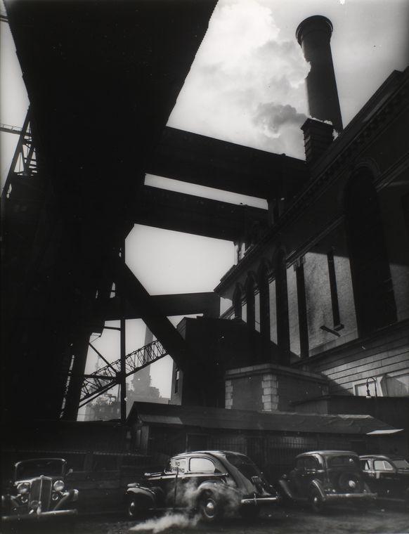 Consolidated Edison powerhouse, 666 1st Avenue, Manhattan