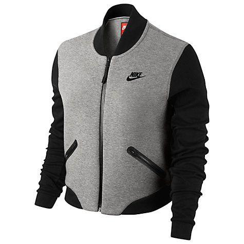 A modern update on a classic jacket, this Nike Tech Fleece ...