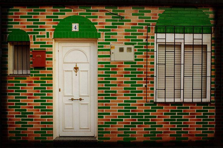 C mo restaurar y pintar puertas de madera antiguas for Pintar puertas de madera viejas