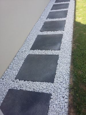 Platte Kopfsteinpflaster Einfahrt Kies nicht japanische Platte grau dekorative weiße Einfassung Metallpfad Anthrazit