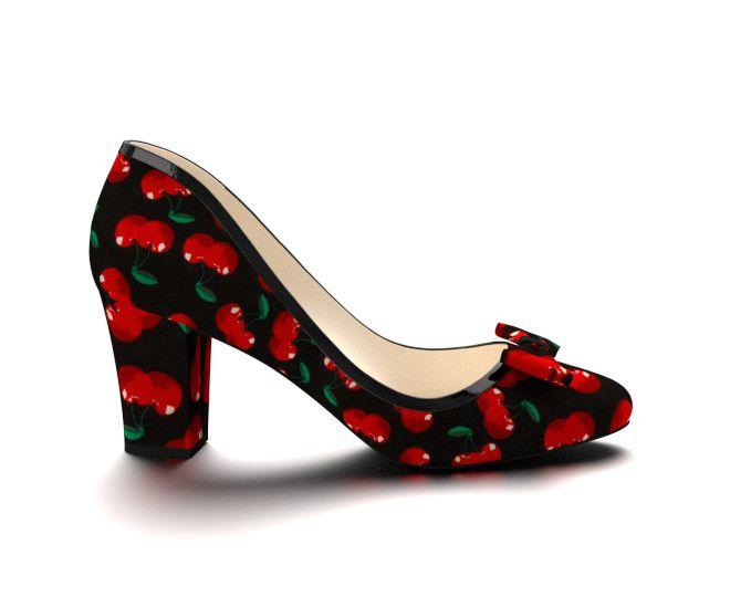 Custom shoe design via @shoesofprey