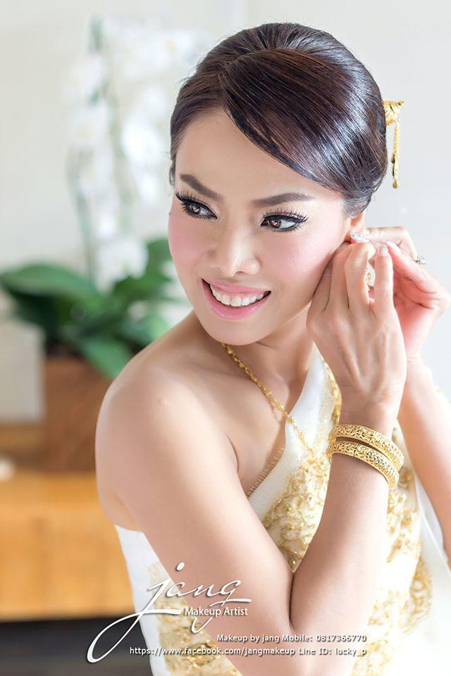 Beautiful Thai Bride By: jang makeup