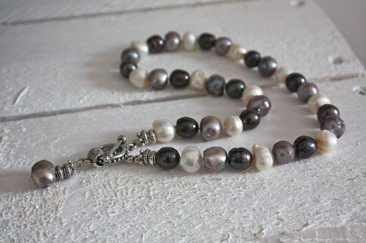Perlenketten - bunte süßwasser Perlenkette - ein Designerstück von von-elna bei DaWanda