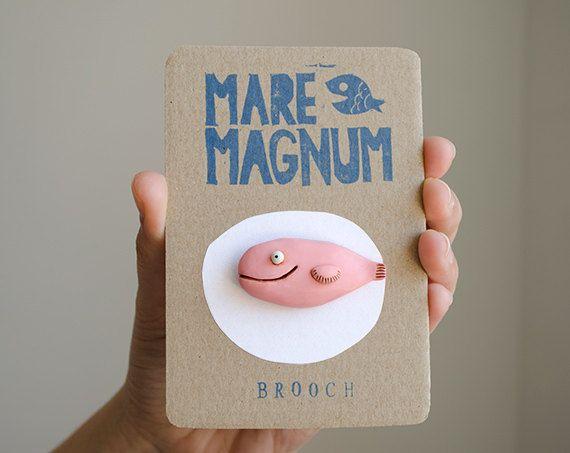 Spilla rosa sorridente pin pesce arte di oceano animale