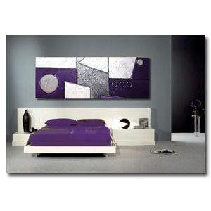 cuadro abstracto perfecto para decorar dormitorios con tonos blancos plata y violeta