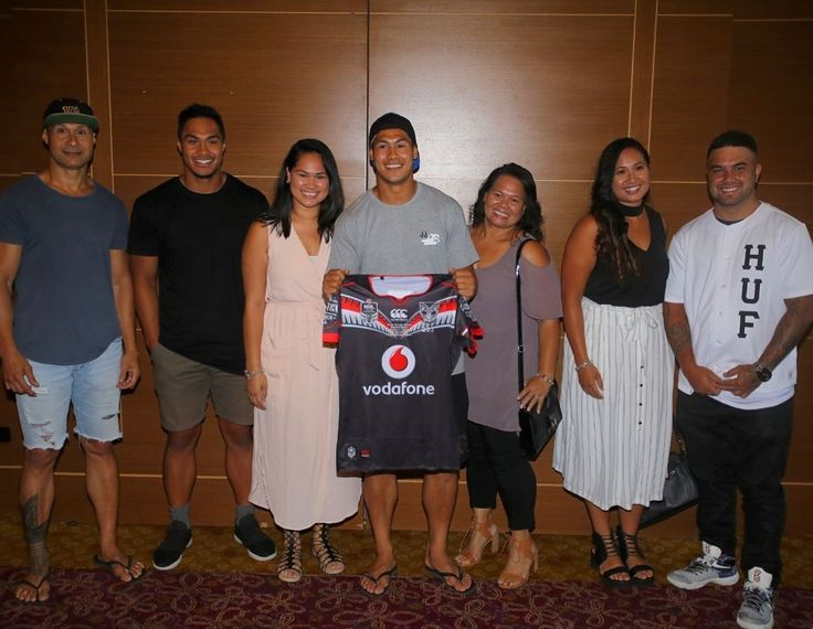 Roger Tuivasa-Sheck Debut for Warriors Round 1March 2016.