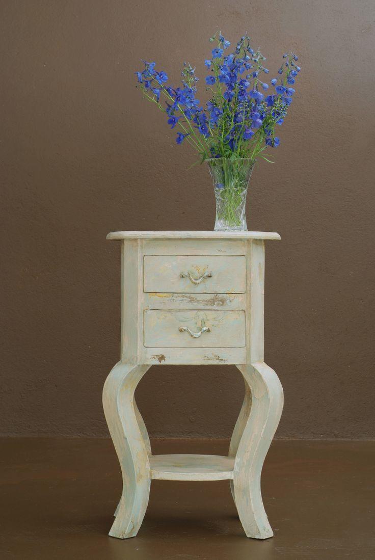 Envejece tus muebles con esta sencilla t cnica de pintura - Muebles reciclados vintage ...