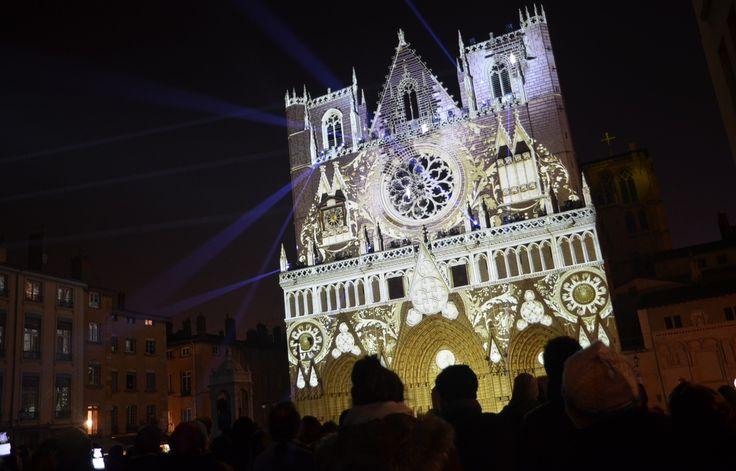 Spectacle sur la cathédrale Saint-Jean lors de la Fête des Lumières 2016 à Lyon. - C. Girardon / 20 Minutes