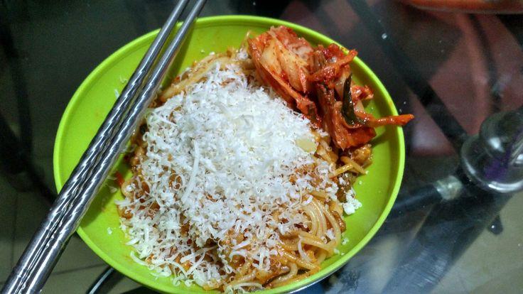 Spaghetti kimchi....