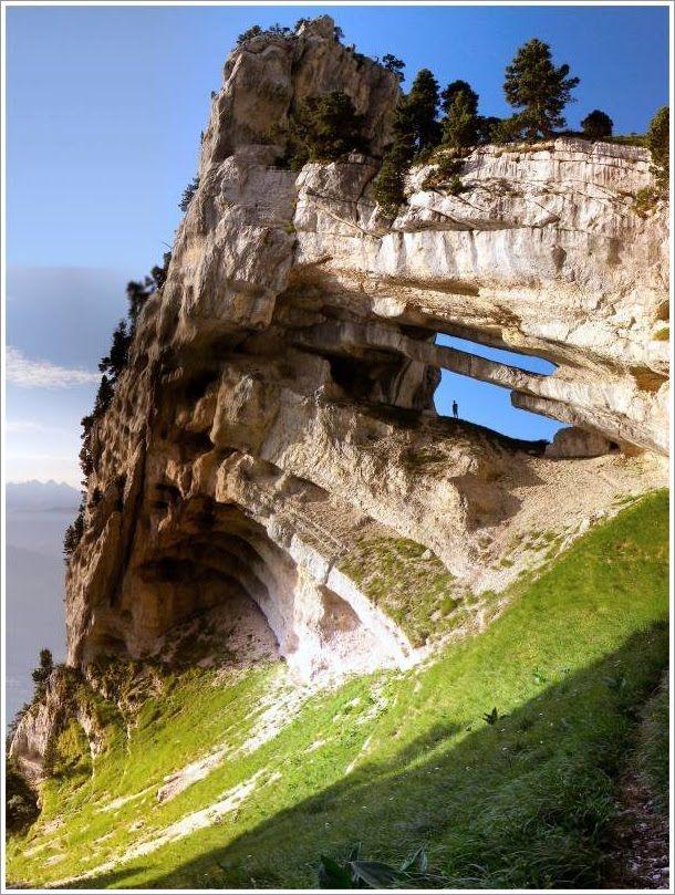 La Tour Percée, Massif de la Chartreuse, France