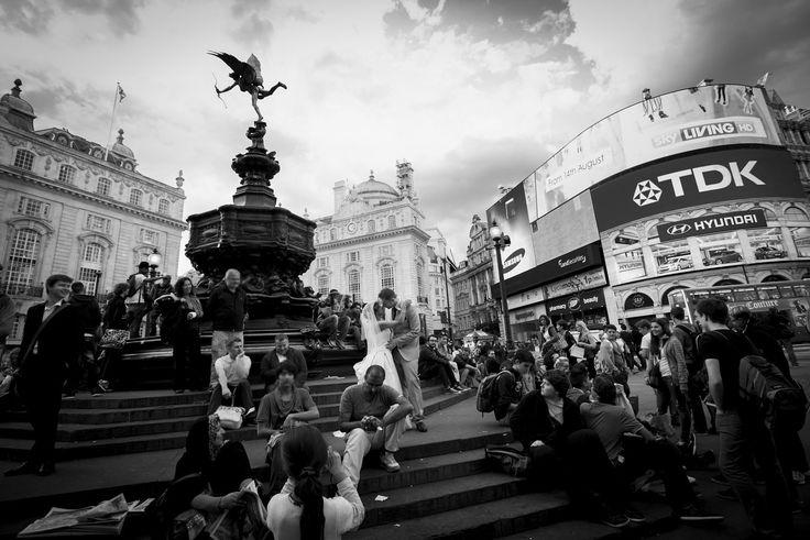 Le foto in bianco e nero di Carletti raccontano matrimoni | Tempi.it