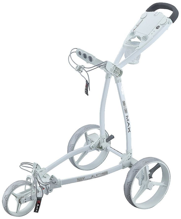 Compacting to an ultra slim size this blade fete blanche golf trolley push cart by Big Max is deisgned to fit into the tightest of storage spaces!