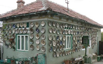 House orned with pottery in Horezu.