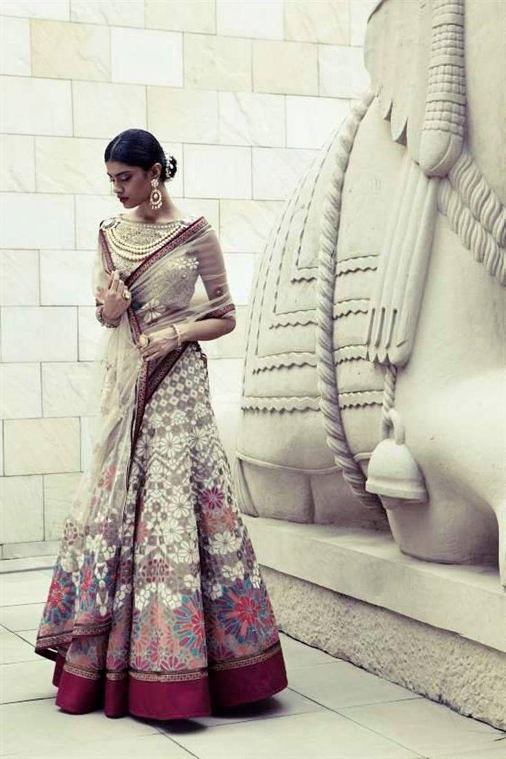 Tarun Tahiliani S Magnificent 2014 2015 Bridal Collection