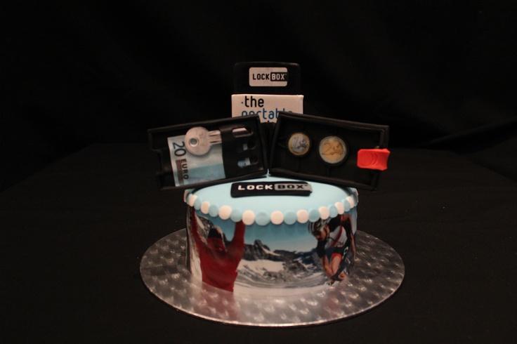 Lockbox sugarcraft cake