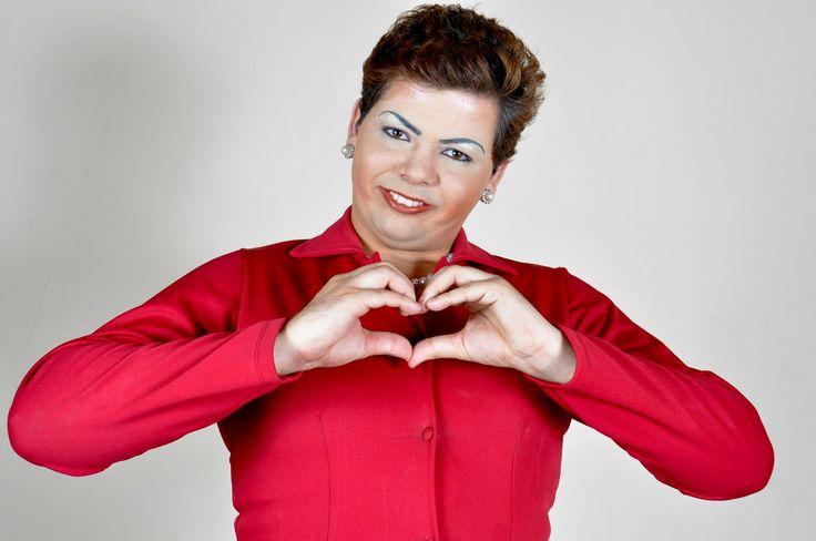 Conhecido pelas imitações de Dilma Rousseff, ator deu um abraço na ex-presidenta e destacou a força das mulheres na política; assista ao vídeo Por Redação O humorista Gustavo Mendes, conhecido pelas imitações de Dilma Rousseff, encontrou pessoalmente com a ex-presidenta em um jantar de apoio à candidata a prefeita do Rio de Janeiro Jandira Feghali …