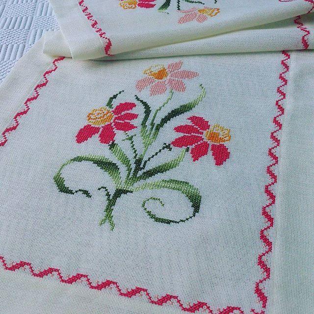 #embroidery #elnakışı #çiçek #flower #örtü#çeyiz #vscocam #instalike #insmood