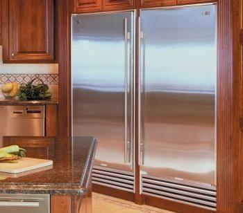 Sub Zero Refrigerator I so need this for my house!