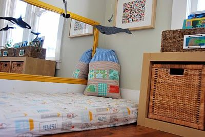 I am a fan of the montessori bed & this blog