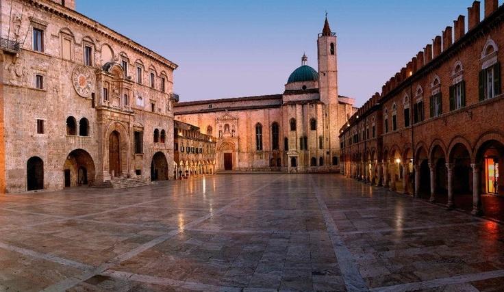 Le Marche, Italia: Let'S Ads, Del Popolo, Favorite Places, Ascoli Piceno, Ads Ascoli, Special Places, Square, Le Marching, European Travel