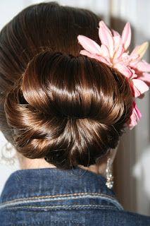Cute Teen Hair Bun   Prom Hairstyles   Cute Girls Hairstyles