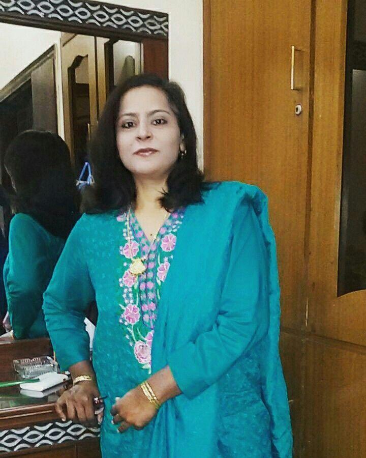 My married sister saima javaid MashAllah,recent visit at my home.