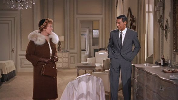 "Clara Thornhill/Jessie Royce Landis  & Roger Thornhill/Cary Grant in ""George Kaplan's"" hotel room... 'North by Northwest' (1959)"