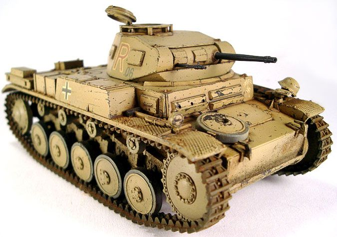 Pzkpfw II ausf F  -when Hitler invaded the West in 1940 his panzer divisions had a strengh of about 2500 tanks .   995 were of this type