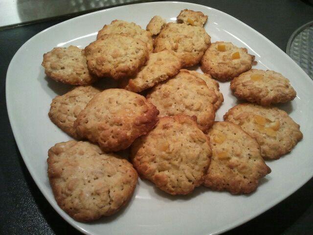 Biscotti con fiocchi d'avena e scorzetta d'arancia!