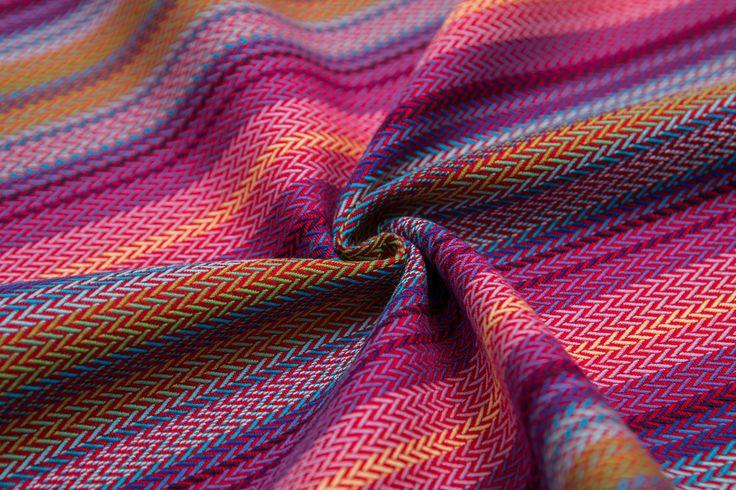 Little Herringbone Raspberry Garden broken-twill weave #fabricart #cottonfabric #littleherringbone #raspberry #raspberrygarden #garden
