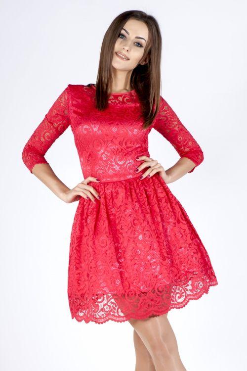 Koronkowa czerwona sukienka http://fashion4u.pl/koronkowa-czerwona-sukienka/ Sukienka na wesele