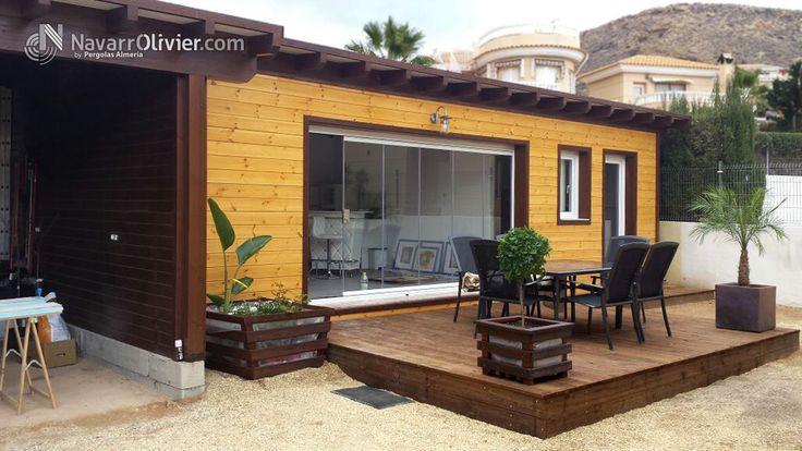 Casa de madera para invitados. Construcción en entramado ligero con terraza en tarima autoclave, cerramiento en cortina de cristal.  Mas información T: +34 687 03 15 65 e: info@navarrolivier.com w: https://navarrolivier.com/ f: https://www.facebook.com/CarpinteriaNavarrOlivier/  #vivienda  #construcción #tinyhouse  #terraza #woodenhouse #jardín #carpinteria #timberframe #almeria #andalucia #casa #madera #minicasa #invitados