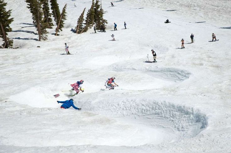 Visitors to Squaw Valley experienced the unusual pairing of warm weather and ideal snow conditions, as they took to the slopes in shorts and t-shirts. Photo: Courtesy Squaw Valley Alpine Meadows
