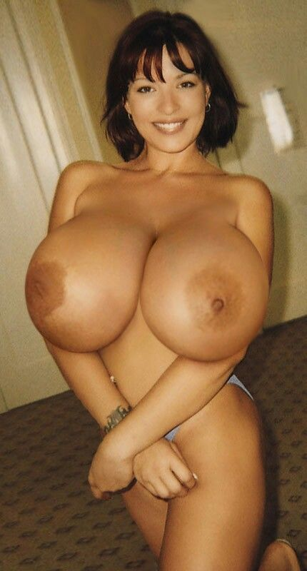 Huge natural perky boobs-2350