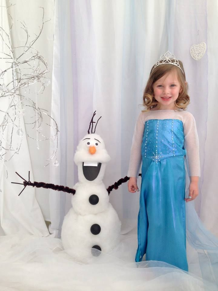 Photo Backrop with Olaf