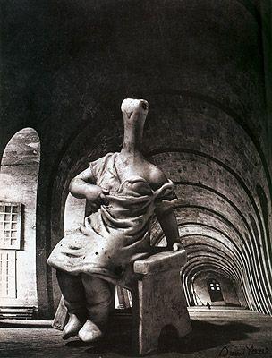 Rue d´Astorg (c. 1936) by Dora Maar