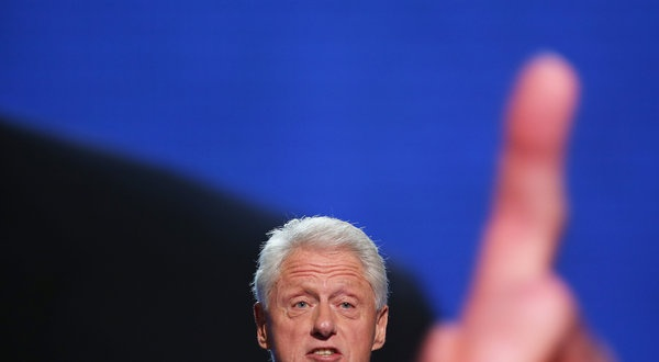 Bill Clinton Summons the Spotlight for Obama (and Himself) - NYTimes.com