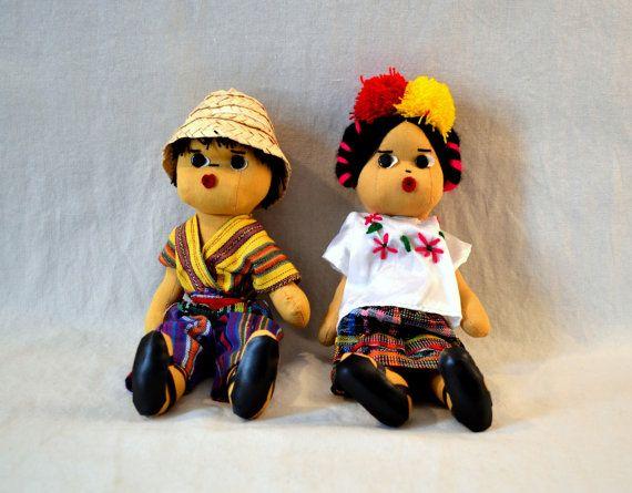 Guatemala   Traditional Dolls - Large Pair