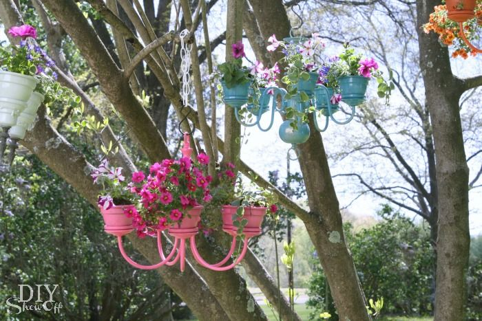Chandelier Planter Tutorial. I see so many free chandeliers that do not work on craigslist/kijiji. I love this idea!