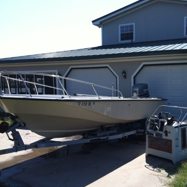 Boston Whaler 22 Outrage in Maryland (eastern), MD